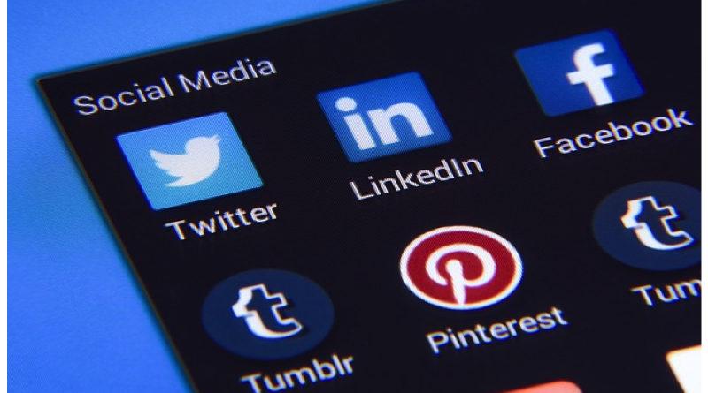 How to Write a Social Media Report?