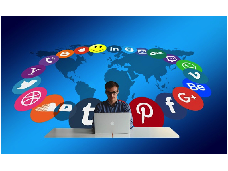 How to Attract People on Social Media?