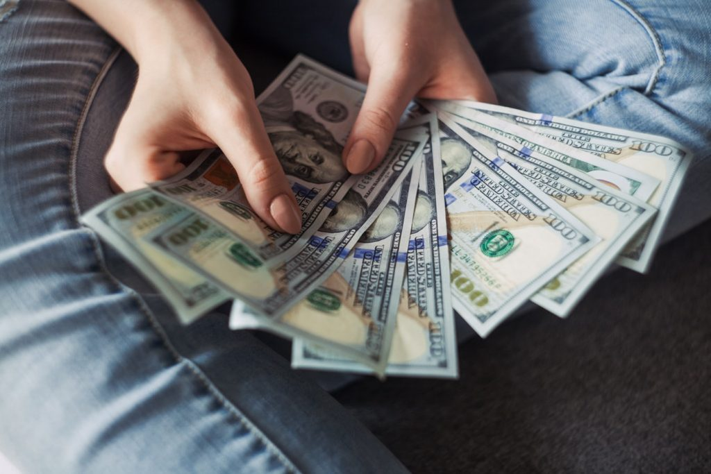 3 Ways a Small Business Loan can help you Thrive with Marketing