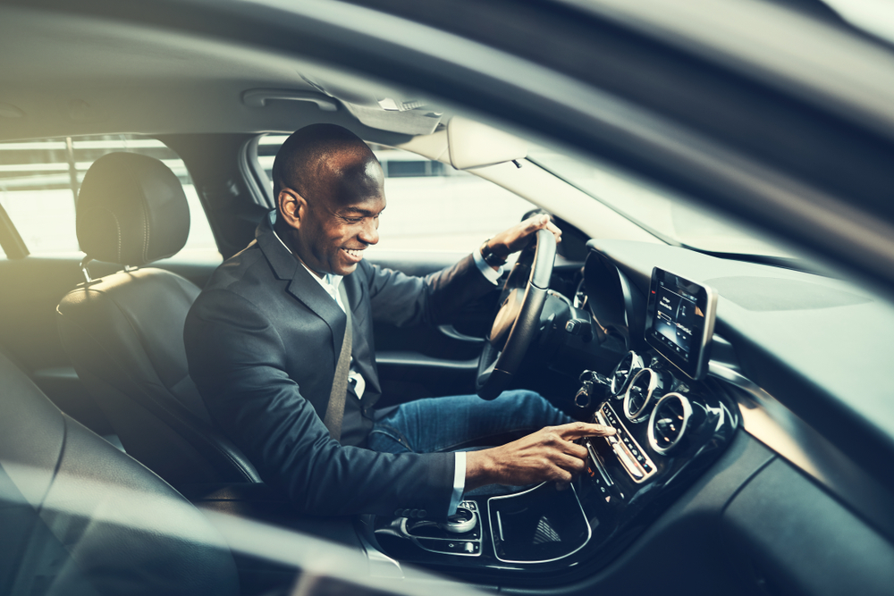 Which Type of Car is Better for your Car Service to Houston Airport