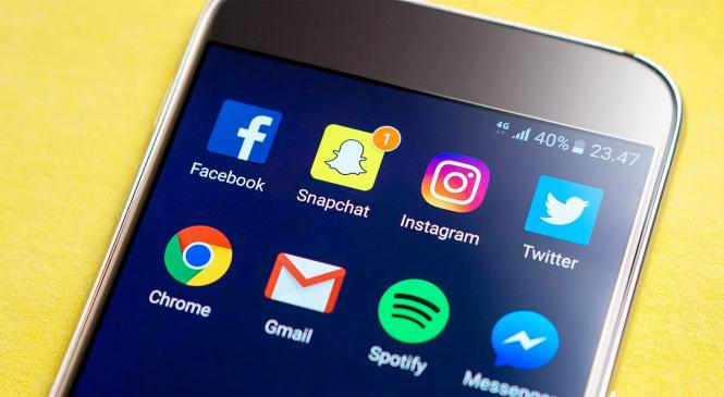 How Do Gambling Companies Use Social Media For Marketing?