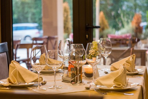 How To Approach Your Restaurant Management To Save Money And Time