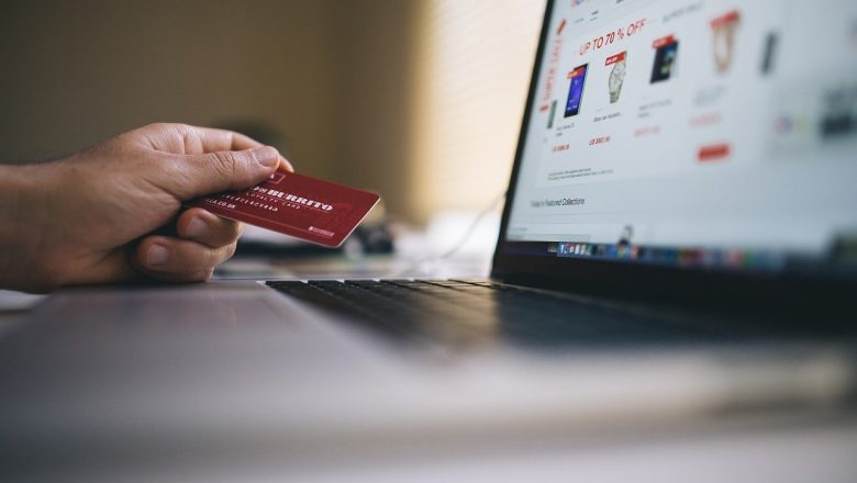 Why It's Essential That Your Business Accepts Online Credit Card Payments