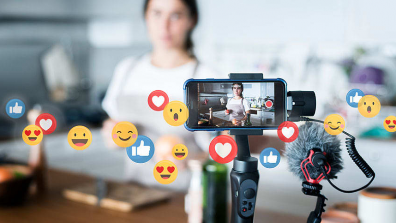 The Art of Creating Social Media-Friendly Video Content