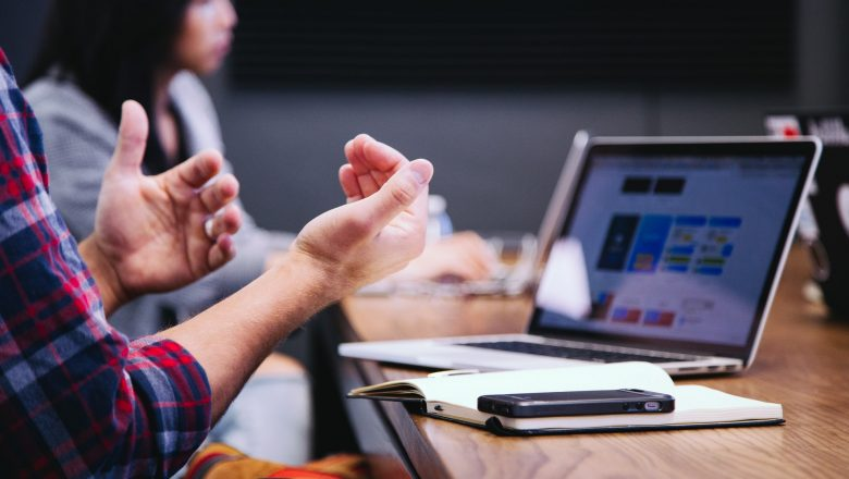 How Virtual Team Building Activities can Break the Ice and Build Relationships in the Team